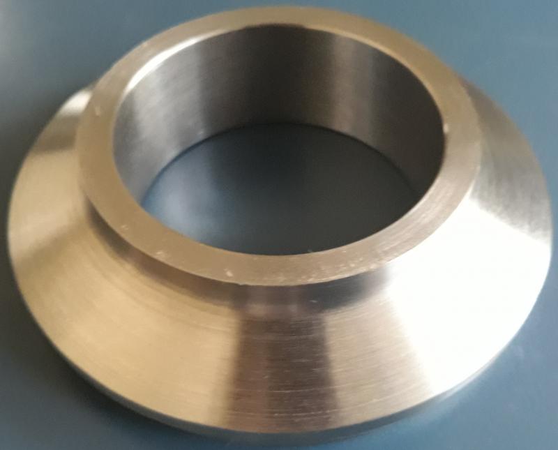 Usinagem de anéis para injetoras